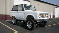 1974 Ford Bronco Sport 302 CI, 3-Speed presented as lot F169 at Kansas City, MO 2012 - thumbail image2