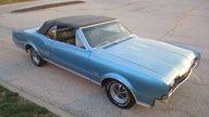 1967 Oldsmobile 442 Convertible presented as lot F174 at Kansas City, MO 2012 - thumbail image4