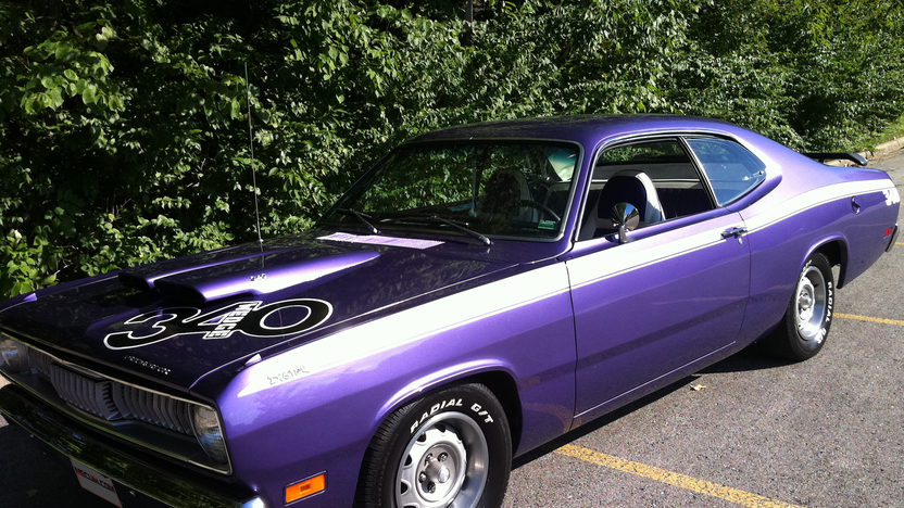 1971 Plymouth Duster Coupe 340 CI, Automatic presented as lot S183 at Kansas City, MO 2012 - image2