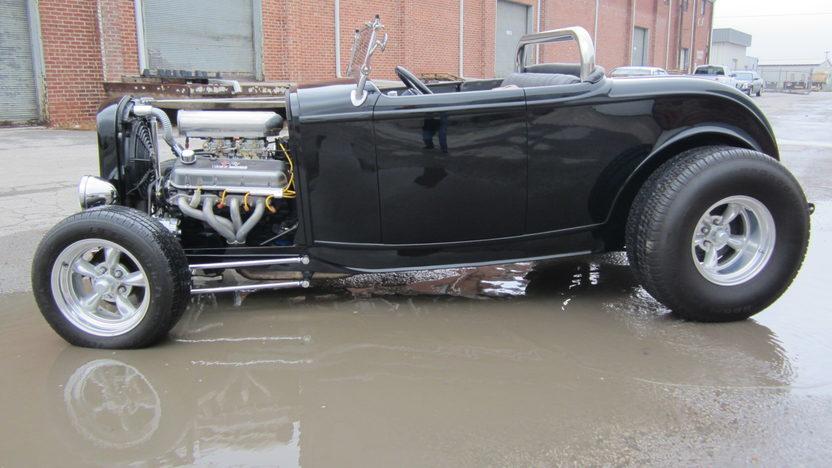 1932 Ford Hi-Boy Street Rod presented as lot S79 at Kansas City, MO 2012 - image2