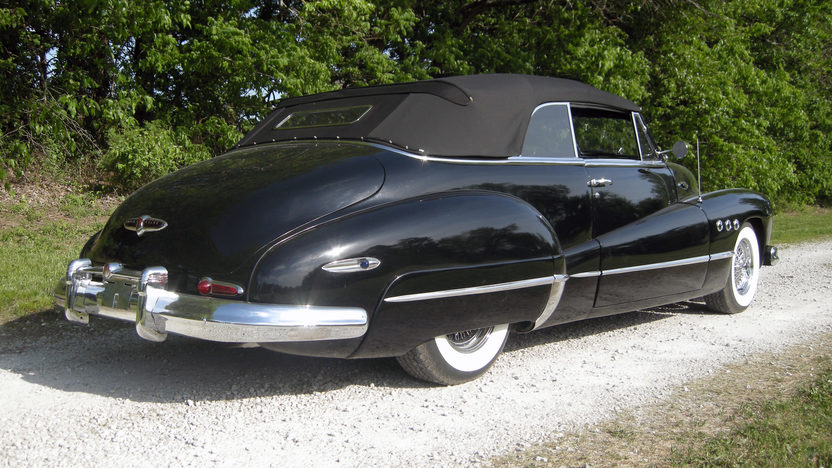 1948 Buick Super Convertible 454 CI, Automatic presented as lot S98 at Kansas City, MO 2012 - image3