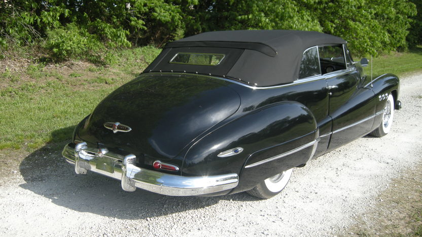 1948 Buick Super Convertible 454 CI, Automatic presented as lot S98 at Kansas City, MO 2012 - image7