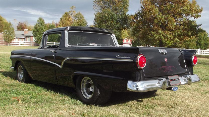 1957 Ford Ranchero 351 CI, Automatic presented as lot S117 at Kansas City, MO 2012 - image3