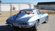 1963 Chevrolet Corvette Split Window Coupe 327/340 HP, 4-Speed presented as lot S122 at Kansas City, MO 2012 - thumbail image3