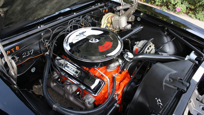 1968 Chevrolet Camaro 327/275 HP, 4-Speed presented as lot S142 at Kansas City, MO 2012 - image4