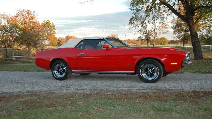 1972 Ford Mustang Convertible 351/266 HP, Automatic presented as lot S156 at Kansas City, MO 2012 - image3