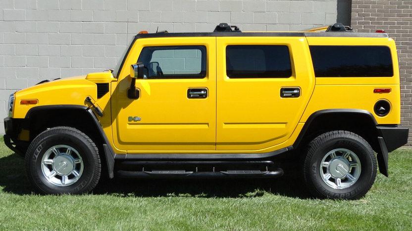 2004 Hummer H2 6.0L, Automatic presented as lot S202 at Kansas City, MO 2012 - image2