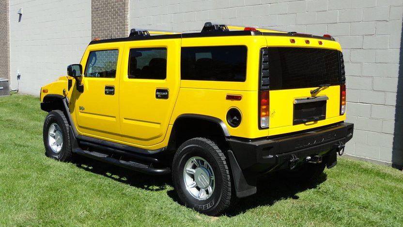 2004 Hummer H2 6.0L, Automatic presented as lot S202 at Kansas City, MO 2012 - image3