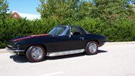 1967 Chevrolet Corvette Convertible 427/435 HP, 4-Speed, J56 Brakes presented as lot S61 at Kansas City, MO 2012 - thumbail image10