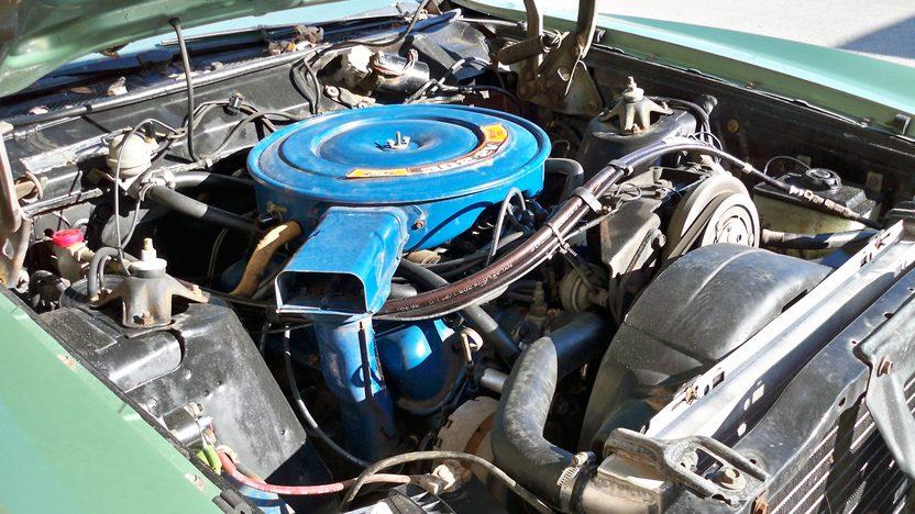 1971 Ford Torino 500 Sedan 302 CI, Automatic presented as lot T12 at Kansas City, MO 2013 - image5