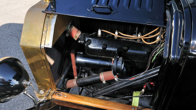 1915 Ford Brass T Phaeton 177 CI, Electric Starter presented as lot S119 at Kansas City, MO 2013 - image6