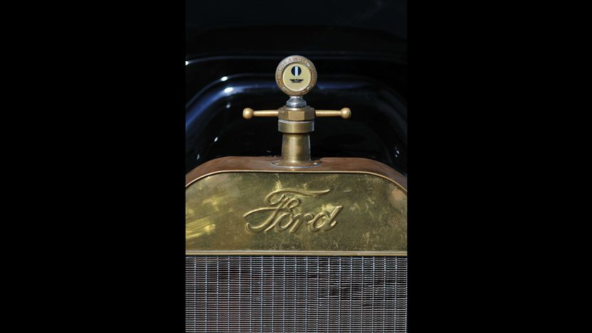 1915 Ford Brass T Phaeton 177 CI, Electric Starter presented as lot S119 at Kansas City, MO 2013 - image8