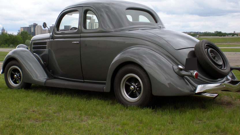 1936 Ford 5 Window Coupe 383 CI presented as lot S6 at St. Paul, MN 2010 - image2