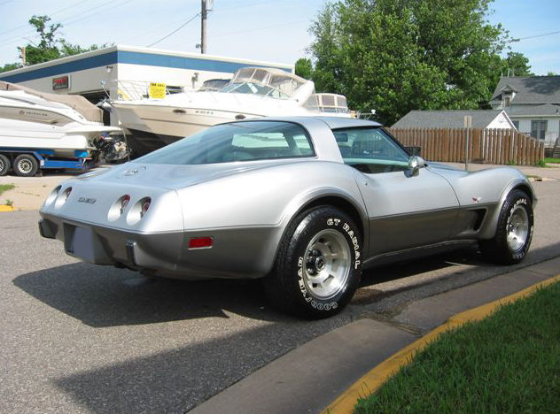 1978 Chevrolet Corvette Coupe 350/220 HP, Automatic presented as lot S54 at St. Paul, MN 2011 - image2