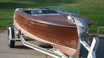 1948 Chris-Craft 17' Deluxe Dual Cockpit Runabout