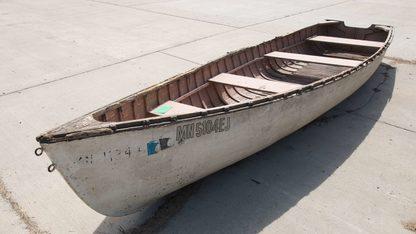 Flatboat 15.7' Canoe