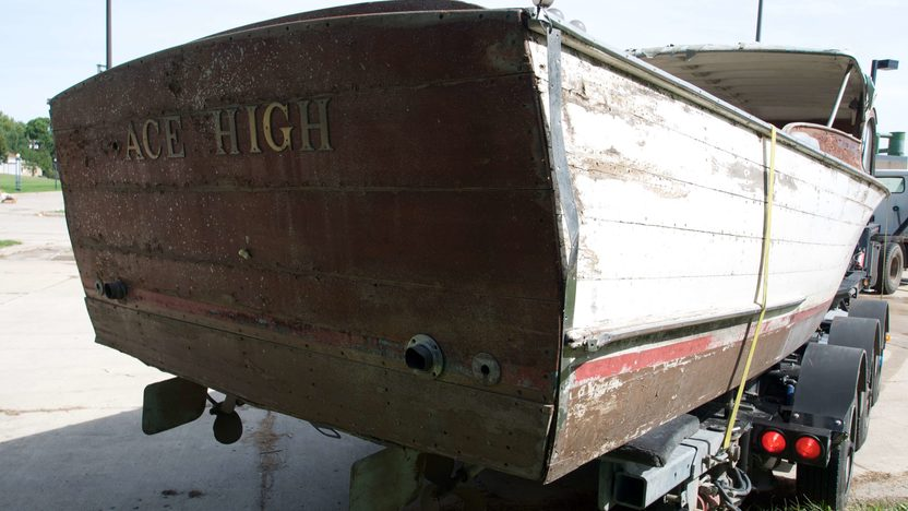 1952 Chris-Craft 27' Semi Enclosed Cruiser Ace High presented as lot S85 at Winsted, MN 2010 - image2