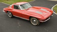 1963 Chevrolet Corvette Coupe A/C, 2-Bar KO Wheels presented as lot S67 at Canal Winchester, OH 2010 - thumbail image2