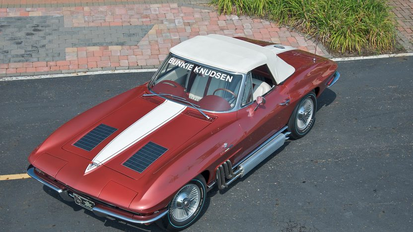 1963 Chevrolet Corvette Convertible Bunkie Knudsen's presented as lot S70 at Canal Winchester, OH 2010 - image3