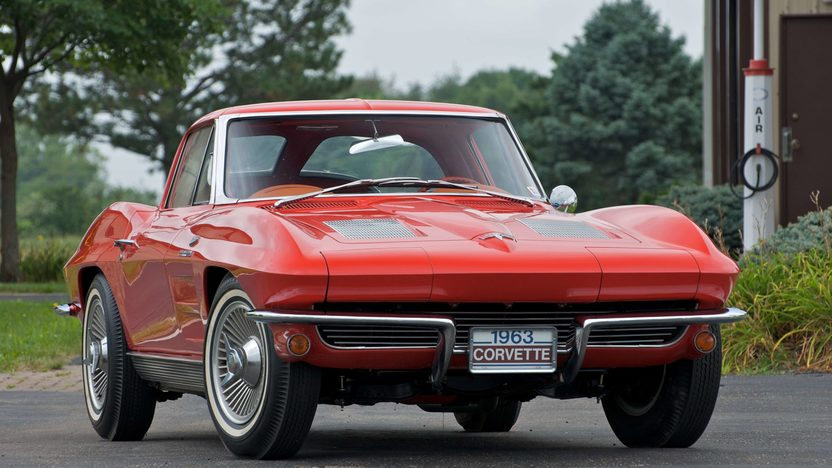 1963 Chevrolet Corvette Coupe Fuel Injection presented as lot S71 at Canal Winchester, OH 2010 - image2