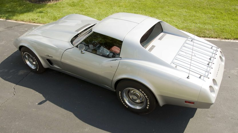 1974 Chevrolet Corvette Coupe presented as lot S87 at Canal Winchester, OH 2010 - image3