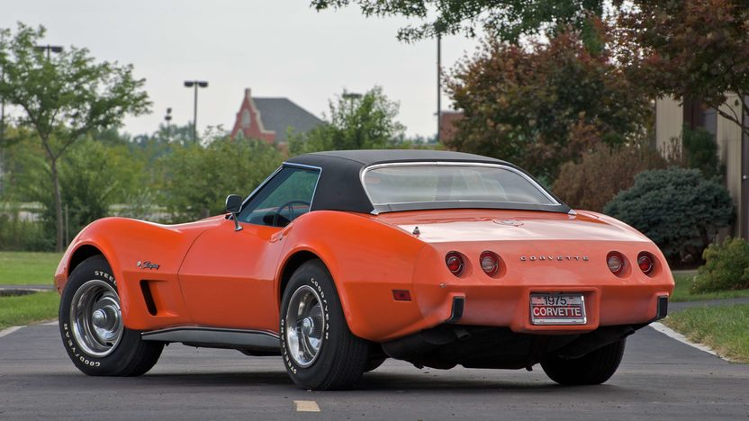 1975 Chevrolet Corvette Convertible 350/205 HP, 4-Speed presented as lot S88 at Canal Winchester, OH 2010 - image4