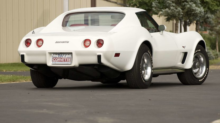 1977 Chevrolet Corvette Coupe presented as lot S90 at Canal Winchester, OH 2010 - image2