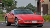 1985 Chevrolet Corvette Coupe presented as lot S98 at Canal Winchester, OH 2010 - thumbail image2
