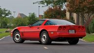 1985 Chevrolet Corvette Coupe presented as lot S98 at Canal Winchester, OH 2010 - thumbail image3
