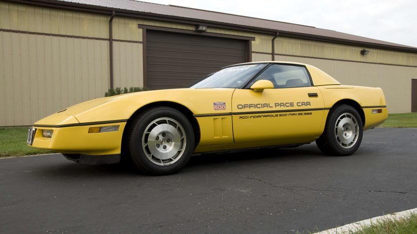 1986 Chevrolet Corvette Pace Car Serial #1, 1G1YY6788G5900001, Rare Hardtop presented as lot S99 at Canal Winchester, OH 2010 - image3