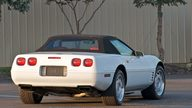 1992 Chevrolet Corvette Convertible 999,999th Corvette Built presented as lot S106 at Canal Winchester, OH 2010 - thumbail image3
