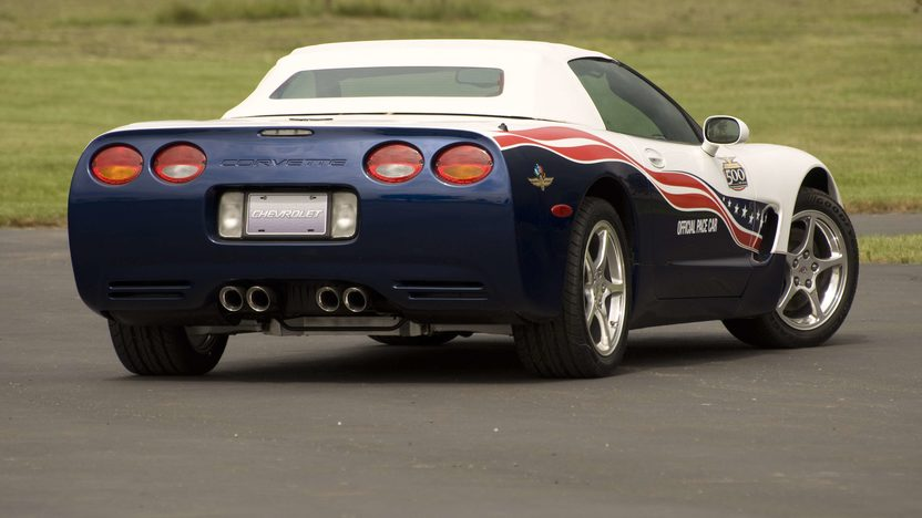 2004 Chevrolet Corvette Pace Car 346/350 HP presented as lot S138 at Canal Winchester, OH 2010 - image2