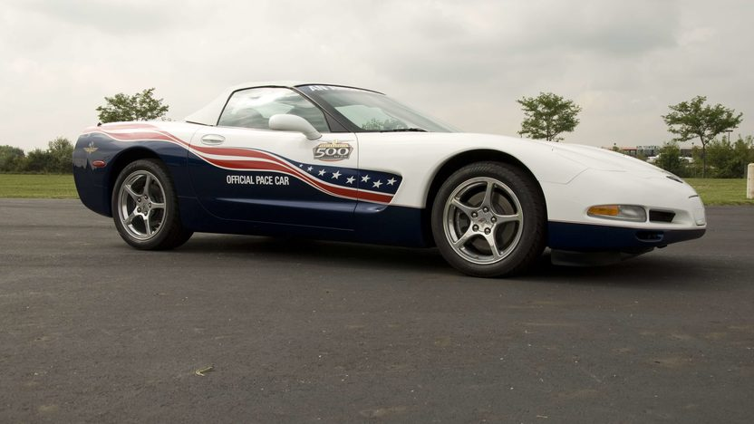 2004 Chevrolet Corvette Pace Car 346/350 HP presented as lot S138 at Canal Winchester, OH 2010 - image3