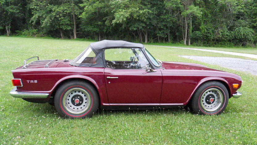 1971 Triumph TR6 Roadster 2498/104 HP, 4-Speed presented as lot T25 at Harrisburg, PA 2014 - image2