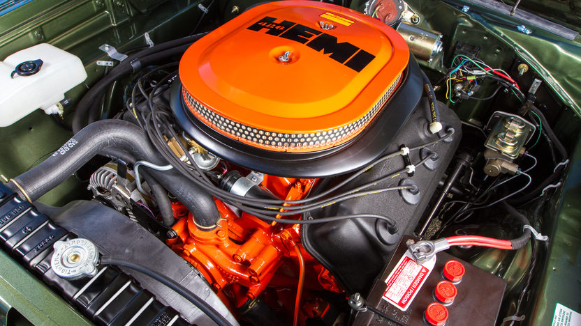1970 Dodge Hemi Coronet R/T 426/425 HP, 4-Speed presented as lot S107 at Harrisburg, PA 2014 - image10