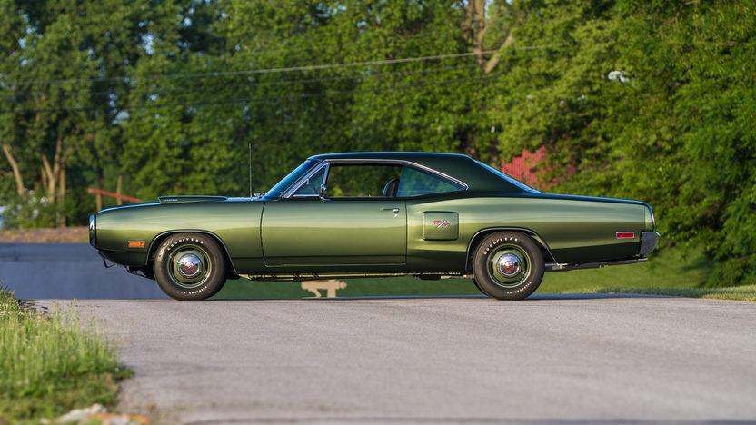 1970 Dodge Hemi Coronet R/T 426/425 HP, 4-Speed presented as lot S107 at Harrisburg, PA 2014 - image2