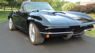 1964 Chevrolet Corvette Resto Mod LS7/505 HP, 5-Speed presented as lot S164.1 at Harrisburg, PA 2014 - thumbail image8