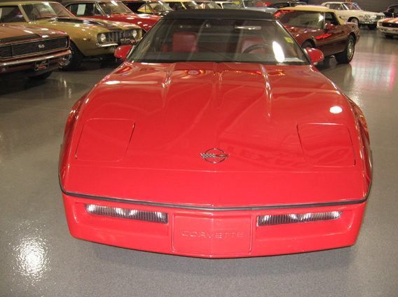 1987 Chevrolet Corvette Convertible Z-52 Package, 4-Speed presented as lot W110 at Indianapolis, IN 2009 - image8