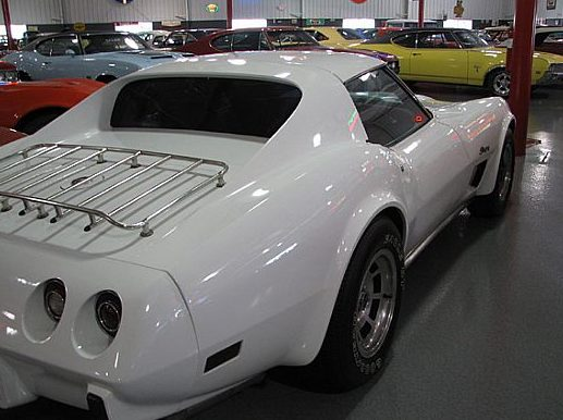 1976 Chevrolet Corvette L82 Coupe 350 CI, Automatic presented as lot W113 at Indianapolis, IN 2009 - image2
