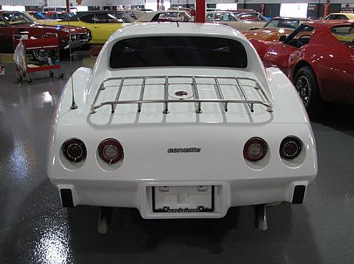 1976 Chevrolet Corvette L82 Coupe 350 CI, Automatic presented as lot W113 at Indianapolis, IN 2009 - image6