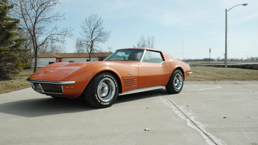 1972 Chevrolet Corvette Coupe 454 CI, 4-Speed presented as lot T102 at Indianapolis, IN 2009 - image3