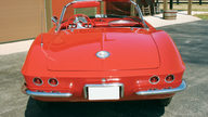 1962 Chevrolet Corvette Convertible 327/250 HP, 4-Speed Manual presented as lot T159 at Indianapolis, IN 2009 - thumbail image4