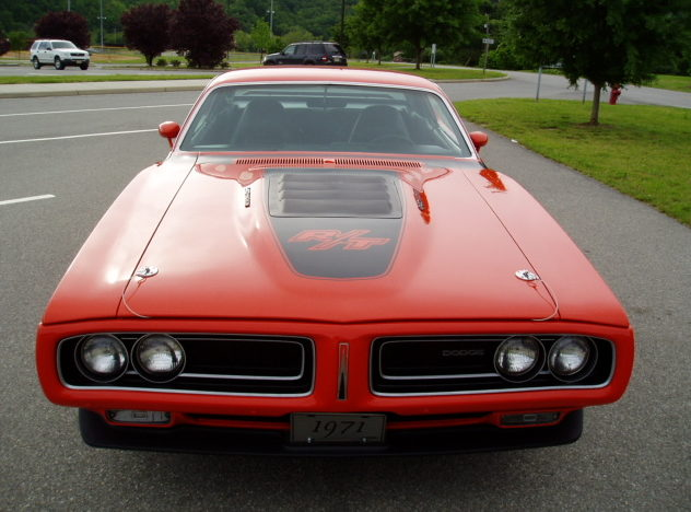 1971 Dodge Charger R/T 440 CI, 4-Speed presented as lot F261 at Indianapolis, IN 2009 - image2
