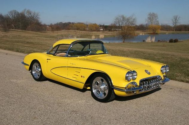 1958 Chevrolet Corvette Resto Mod 350/400 HP, 6-Speed  presented as lot S33 at Indianapolis, IN 2009 - image8