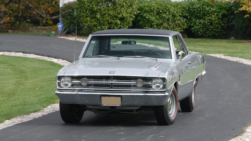 1968 Dodge Dart 440 GSS Coupe 440/375 HP, Automatic presented as lot S135 at Indianapolis, IN 2009 - image3