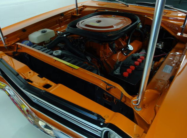 1969 Plymouth Road Runner A-12 M-code 440/390 HP, 4-Speed  presented as lot S146 at Indianapolis, IN 2009 - image5