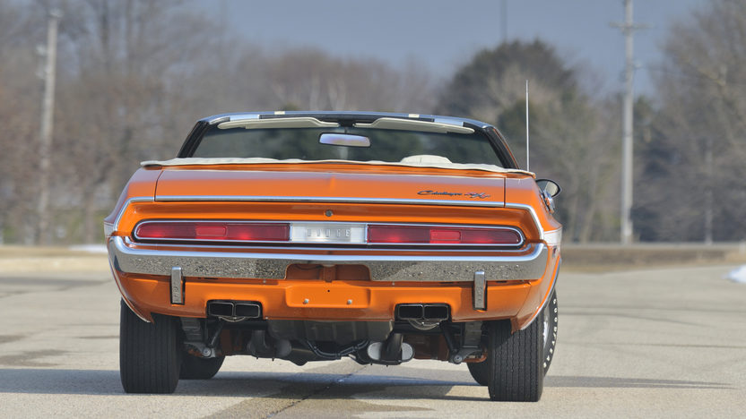 1970 Dodge Challenger Convertible 440/390 HP, 4-Speed  presented as lot S190 at Indianapolis, IN 2009 - image7