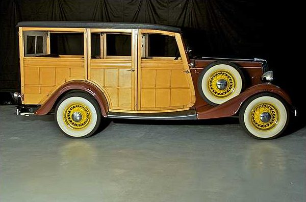 1934 Ford Woody Station Wagon 239/100 HP, 3-Speed  presented as lot S79 at Indianapolis, IN 2010 - image3