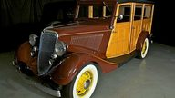 1934 Ford Woody Station Wagon 239/100 HP, 3-Speed  presented as lot S79 at Indianapolis, IN 2010 - thumbail image8