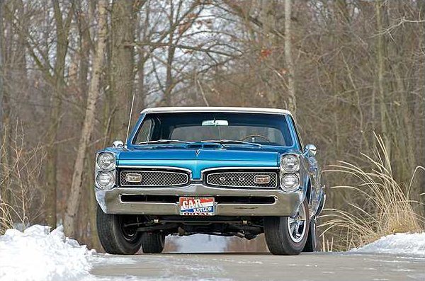 1967 Pontiac GTO Royal Bobcat  Convertible 400/360 HP, 4-Speed presented as lot S150 at Indianapolis, IN 2010 - image2